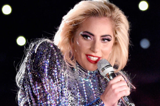 06-gaga-superbowl-beauty.w710.h473