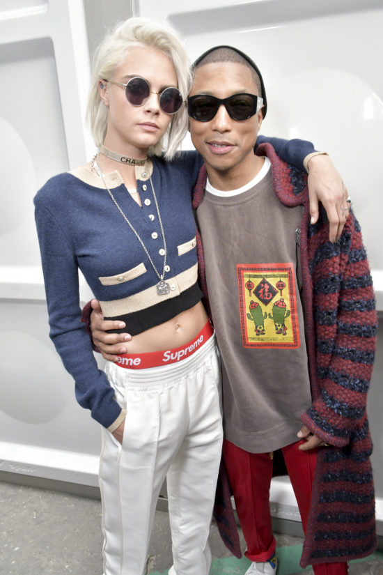 02_Cara DELEVINGNE and Pharrell WILLIAMS_Fall-Winter 2017_18 Ready-to-Wear Collection