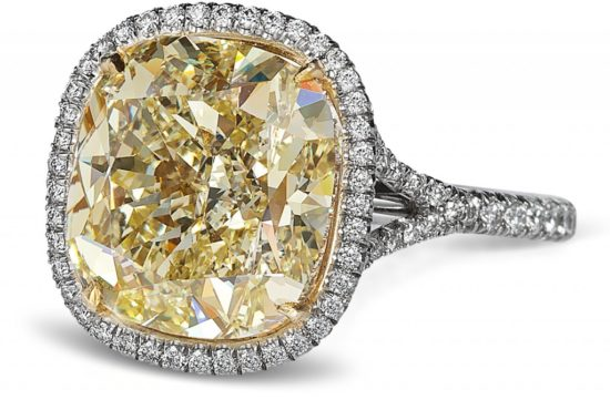 cushion-halo-yellow-diamond-ring-1024x688