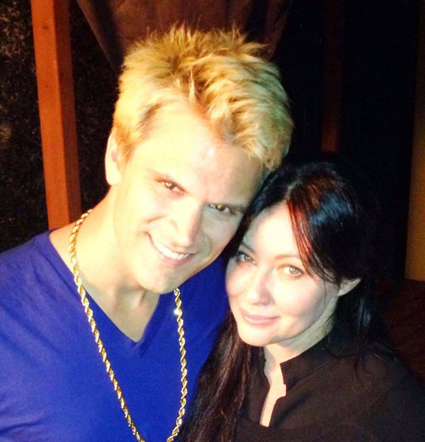 "Kash Hovey and Shannen Doherty in ""Undateable John"""